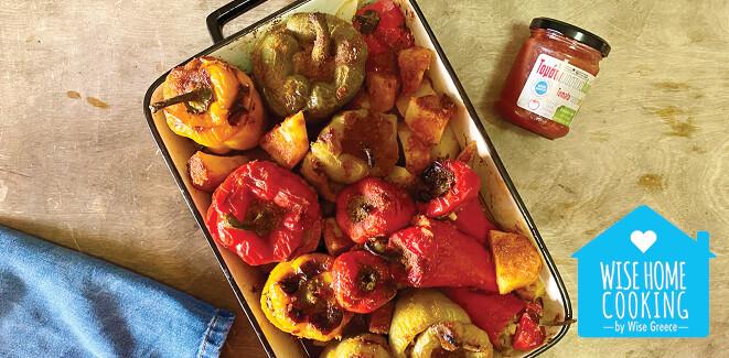 Wise Home Cooking: Γεμιστές πιπεριές με σάλτσα τομάτα, μαστίχα & δυόσμο