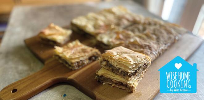 Wise Home Cooking: Μελιτζανόπιτα με χαλούμι